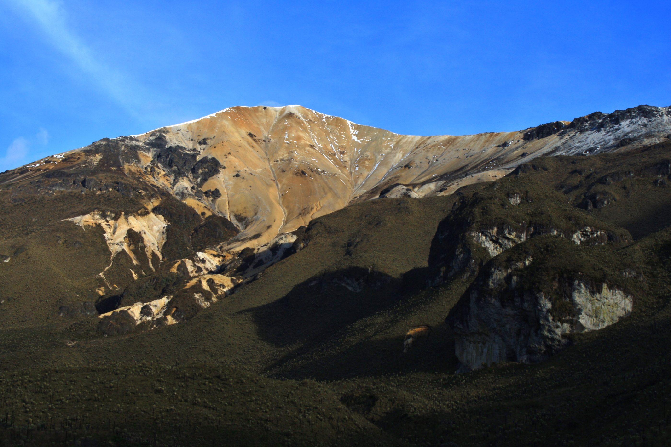 Blick Richtung Gipfel: der Paramillo del Quindío