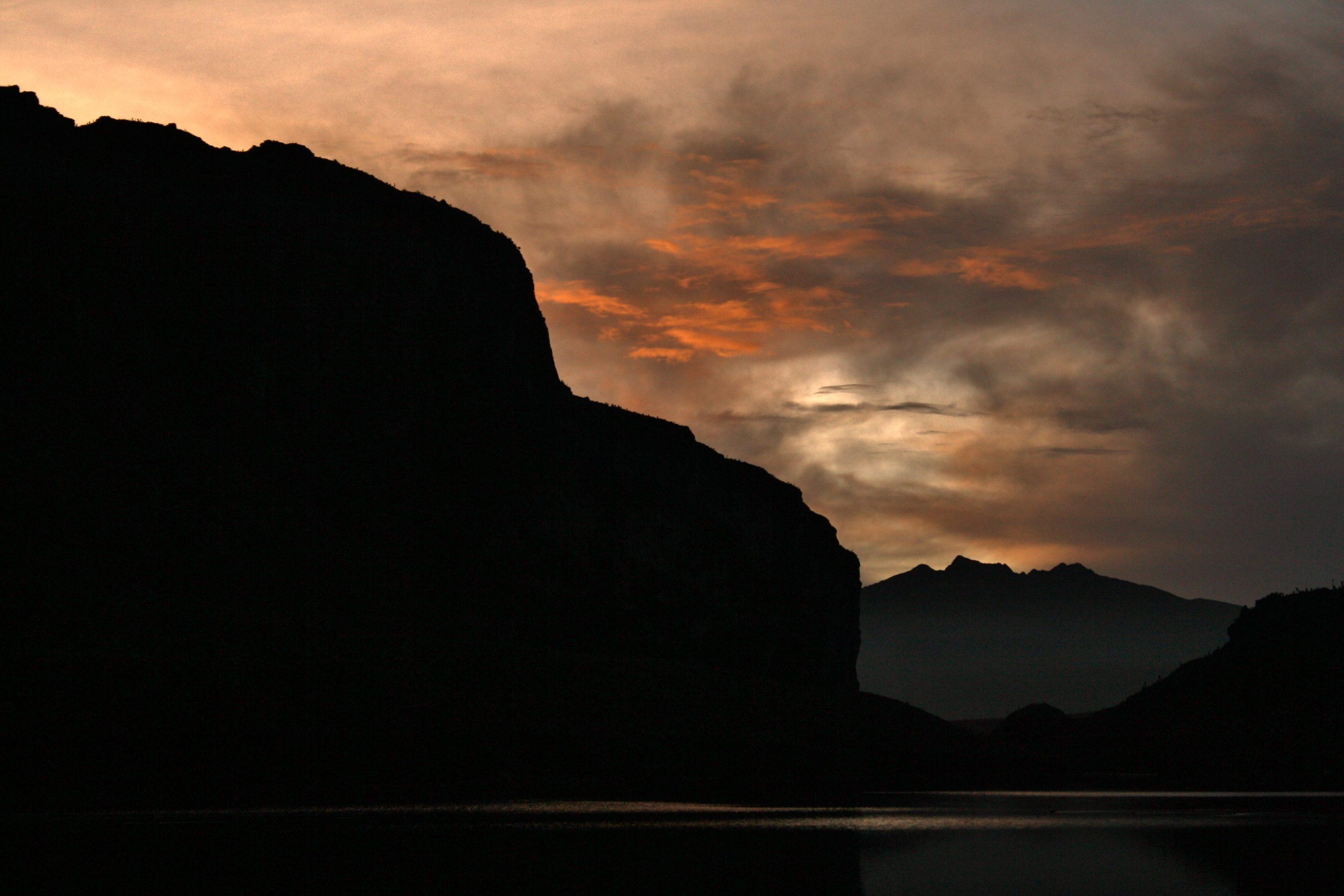 Sonnenuntergang an der Laguna La Leona