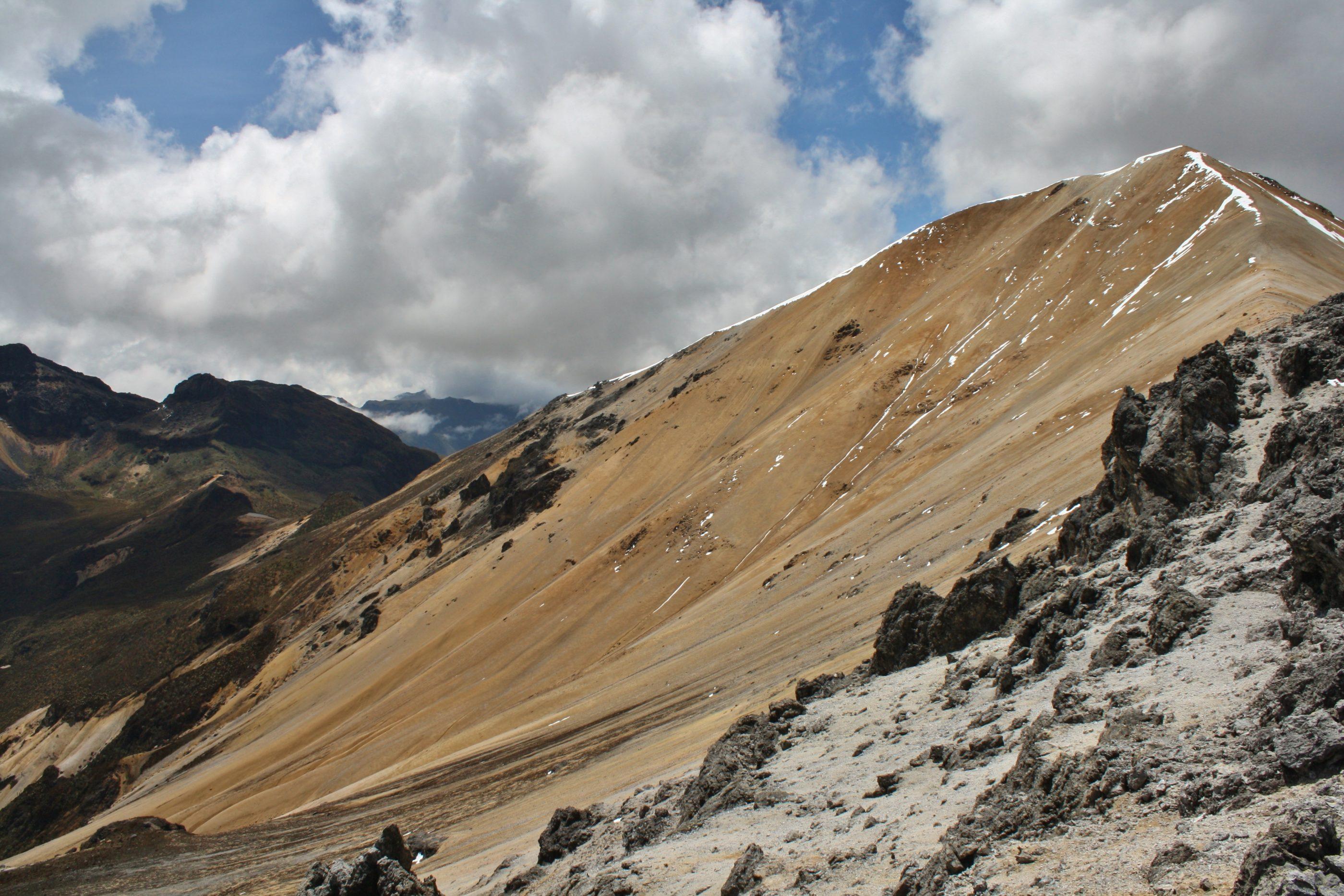 Die letzten Meter: Blick auf den Gipfel